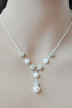 Kristy necklace: Pearl and rhinestone Y style necklace // Dangle necklace // Bride Jewelry // Click now to buy