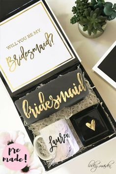 This bridesmaid proposal box is sooo cute! Your girls will love each gift! #bridesmaidpropsal