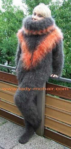 Gros Pull Mohair, Angora, Ostrich Feathers, Catsuit, Overalls, Shorts, Fur, Wool, Animals
