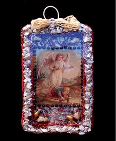 Anjo da Guarda da minha autoria - 10 x 6 cm: cartão, vidro, algodão, vidro de Murano, purpurinas, renda, acrílico