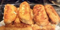 Piroski with Feta Cheese. Fluffy fried dough filled with Feta Cheese, Meat, Sausage, or Potato Sweets Recipes, Snack Recipes, Cooking Recipes, Desserts, Greek Cooking, Cooking Time, Sausage Roll Pastry, Food Network Recipes, Food Processor Recipes