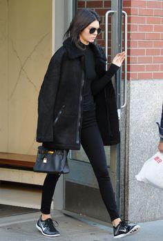 """"""" November 08, 2015 - Leaving Kimye's apartament in New York. """""""