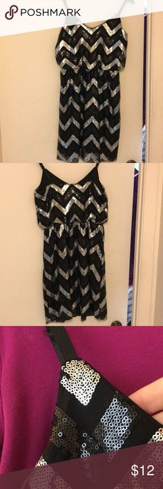Black and silver sequin dress Good condition b/w sequin dress. Great for NYC. A few sequins are missing. Last photo shows where. Minor Grace Dresses Mini