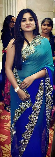 Niveda Thomas hot photos in saree. South Indian Actress Niveda Thomas in saree photos. Tamil actress in saree photos. Beautiful Girl Indian, Beautiful Saree, Beautiful Indian Actress, Beautiful Women, Indian Beauty Saree, Indian Sarees, Saris, Indische Sarees, Beauty Full Girl