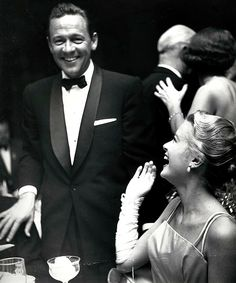 William Holden and Grace Kelly at the Oscars 1955