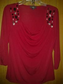 A G B spandex top v pretty for her size L free ship for 17.99 chest 42' waist38' hip42' lens24'
