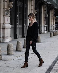 Black outfit / DECEMBER