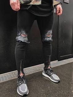 Ripped Jeans Men With Holes Super Skinny Famous Designer Brand Slim Fit Destroyed Jeans Pencil pants Slim zipper Jeans Ripped Jeans Style, Ripped Jeans Outfit, Black Ripped Jeans, Shoes With Jeans, Casual Jeans, Denim Jeans, Hot Men, Hot Guys, Harem Pants Men