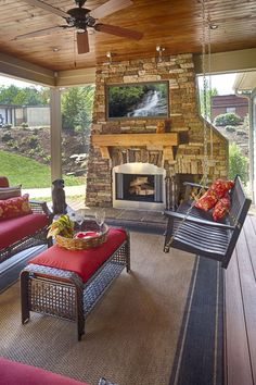 Screened in porch Schumacher Homes America's largest custom home builder