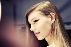 5 Beauty Lessons From Milan Fashion Week: From Sporty Hair to Technicolor Lips – Vogue