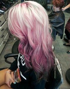 Amazing pink ombre hair color idea, this summer you can not miss