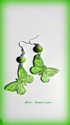 Orecchini in #resina handmade a forma di farfalla verde greenery trasparenti idee regalo donna , by Chiara - Creazioni in fimo, 13,00 € su misshobby.com