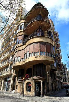 La Casa Planells, Barcelona