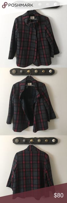 MAVI Wool Coat Gorgeous plaid MAVI Wool coat. Excellent condition - only worn a handful of times. This coat has a 3 button snap collar and has a poncho cape like feel when worn. Perfect piece for Fall. *Reasonable Offers Encouraged* Mavi Jackets & Coats Pea Coats