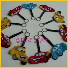 Portachiavi in pannolenci con i personaggi di Disney Cars