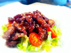 Crispy chilli beef – home-made beats take-away – no contest! Crispy chilli beef has to be one of the most popular dishes people order at Chinese restaurants or from take-aways. More oft…