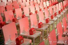 Witte designerstoel Nancy in congresopstelling | Party Rent #stoelen #huren