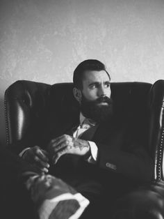 Ricki Hall at Nevs in London teams up with photographer Rebecca Naen for this beautifully captured Client Magazine session. Full Beard, Beard Love, Groom Hair Styles, Ricki Hall, Sean O'pry, Black Label Society, Hipster Beard, Beard Tattoo, Groom Style