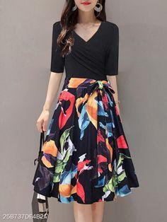 V Neck Print Skater Dress - Cheap Dresses Cheap Skater Dresses, Cheap Dresses Online, Midi Skater Dress, Polka Dot Maxi Dresses, Stylish Dresses, Stylish Outfits, Fashion Dresses, Two Piece Dress, Clothes For Women