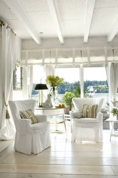 Open air cottage style beach house decor