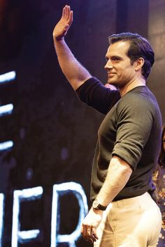 """Actor Henry Cavill attends a panel for Netflix's """"The Witcher"""" Season 1 during the edition of Argentina Comic Con on December 2019 in Buenos Aires, Argentina. Henry Cavill Superman, Love Henry, Henry Williams, British Men, The Witcher, Fine Men, Chris Evans, Male Beauty, Gorgeous Men"""