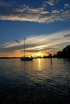 Fort Walton Beach, FL Landing