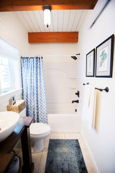 Modern Farmhouse Bathroom. Designed by Star Valley, Wyoming interior design firm Tawna Allred Interiors. They also serve Alpine, Auburn, Bedford, Etna, Freedom, Freedom, Grover, Thayne, Turnerville, Swan Valley, and Jackson Hole, Wyoming