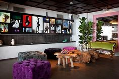 La Boom: Unique decor, good food. Also an active nightlife spot. |Discover it on http://www.theguideistanbul.com/spots/detail/3365/La_Boom#