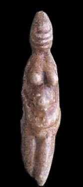 One of the two Paleolothc Venus of Parabita, found in Puglia, Italy in Age years ago Art Sculpture, Sculptures, Paleolithic Era, Art Tribal, Ancient Goddesses, Celtic Goddess, Mother Goddess, Archaeological Finds, Ancient Artifacts