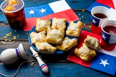 Chilean typical dish and drink on independence day party. Mini empanadas, mote con huesillo, wine with toasted flour chicha and tipical play emboque. Mini Empanadas, Chilean Recipes, Creative Photos, Pretzel Bites, Herbal Remedies, Independence Day, Food Photo, Food Styling, Herbalism