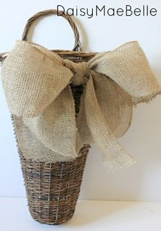 How to Make a Burlap Bow @ DaisyMaeBelle