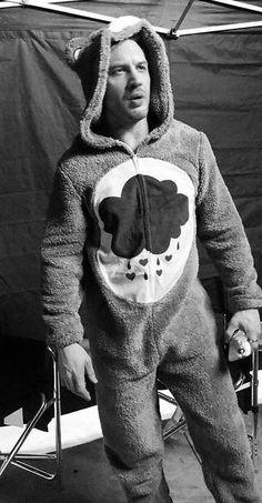 Tom Hardy in a Care Bear onsie! Tom Hardy Hot, Toms, Tommy Boy, Raining Men, Good Looking Men, Cute Guys, Pretty Boys, Beautiful Men, Sexy Men