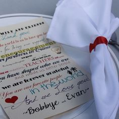At each place-setting, the bride and groom left a note for the guests to take home which thanked them for attending their wedding. Photo Credit: Jewel Photography