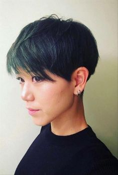 26 Classy Pixie Haircut for Thick Hair and Thin Hair pixie haircut, short pixie haircut, long pixie Blonde Pixie Haircut, Pixie Haircut For Round Faces, Curly Pixie Haircuts, Pixie Haircut For Thick Hair, Round Face Haircuts, Haircuts With Bangs, Pixie Hairstyles, Straight Hairstyles, Cropped Hairstyles