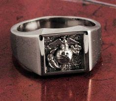 $297.00 Usmc Ring, Marine Corps Rings, Mens Pinky Ring, Luxury Jewelry, Men's Jewelry, Jewelery, Titanium Rings, Signet Ring, Marines
