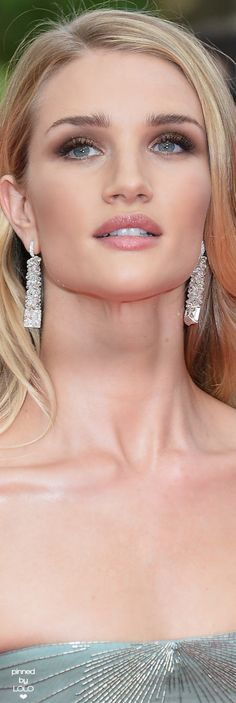 Rosie Huntington Whiteley Cannes | LOLO❤