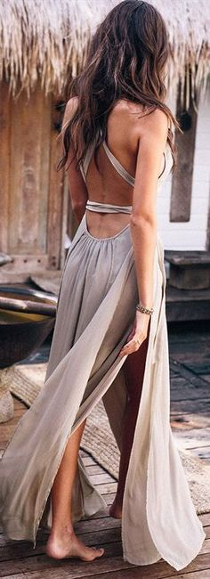 25 Amazing Boho- Chic Style Inspirations and Outfit Ideas - Are You A Boho-Chic? Check out our groovy Bohemian Fashion collection! Our items go viral all over the internet. Bohemian Schick, All Star Branco, Bohemian Mode, Boho Hippie, Hippie Masa, Boho Gypsy, Short Beach Dresses, Boho Fashion, Fashion Outfits