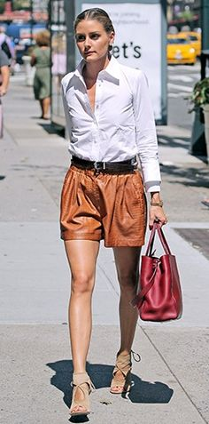 Olivia Palermo Look Chic, Brown Shorts Outfit, Leather Shorts Outfit, Summer Looks, Spring Summer Fashion, Zara Shorts, Velvet Shorts, Love Fashion, Womens Fashion