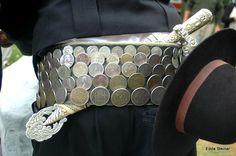 cinto de monedas - foto Edda Steiner