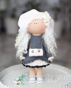 Pretty Dolls, Waldorf Dolls, Soft Dolls, Diy Toys, Fabric Dolls, Antique Dolls, Crochet Toys, Diy And Crafts, Textiles