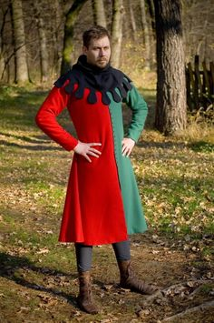 Halloween Gifts Sale Very Super Style Tunic Red&Green Fancy Vest Super Theater Renaissance Costume, Medieval Costume, Renaissance Clothing, Medieval Fashion, Medieval Dress, Historical Costume, Historical Clothing, 14th Century Clothing, Medieval Party