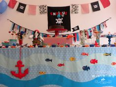 piratas mesa decorada con peces