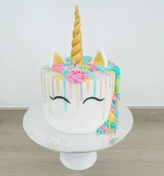 Birthday Candles, Birthday Cake, Cake Games, Types Of Cakes, Cinnamon Cream Cheese Frosting, Pumpkin Spice Cupcakes, Drip Cakes, Fall Desserts, Ice Cream Recipes