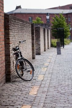 Bicycle lost in Bruges by Wok Tran on 500px