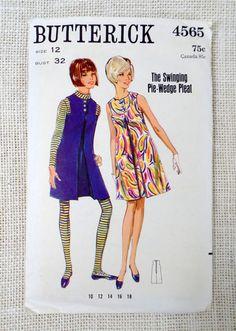 Vintage Pattern Butterick 4565 Swinging Pie Wedge Pleat Mod Tent dress Sewing Bust 32 1960s Twiggy Jumper  beatnik hippie gogo mod Laugh in