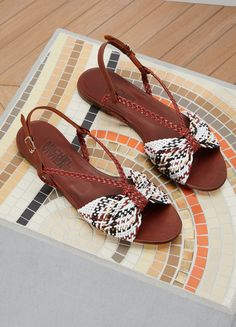 705cc43b7ce 683 Best Shoes images in 2019