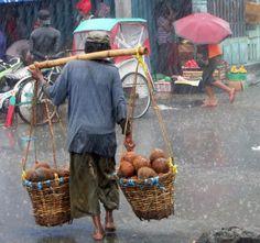 -foto in Molukken, door: wisseschout Rain Photography, People Photography, Still Life Photography, Street Photography, Landscape Photography, Travel Photography, Maluku Islands, Columbus Travel, Vietnam Image