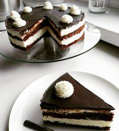 Legendární jablečný koláč Chocolate Velvet Cake, Cakepops, Tiramisu, Cheesecake, Vegetarian, Cupcakes, Make It Yourself, Ethnic Recipes, Food