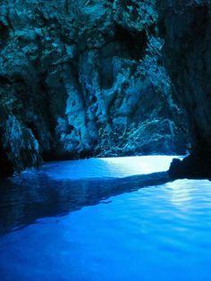 blue grotto, bisevo, croatia