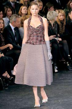 Louis Vuitton Fall 2010 Ready-to-Wear Fashion Show - Cameron Russell (OUI)